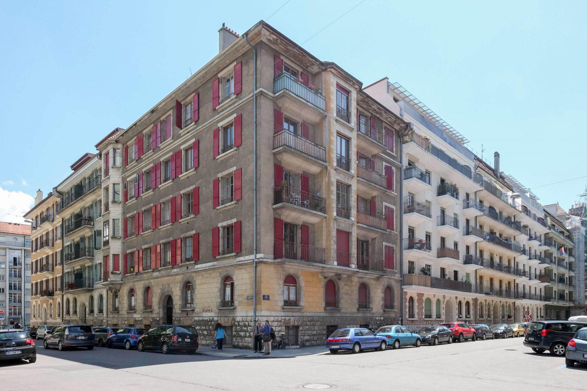 Façade de l'immeuble d'habitation à la rue Henri-Frédéric-Amiel 5