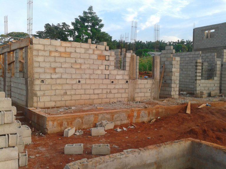 Structure et maçonnerie villa Bediang